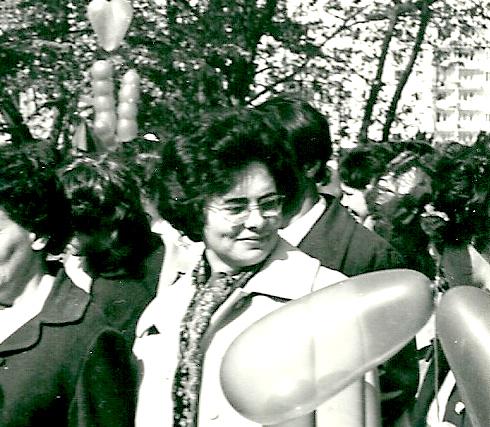Мама Нина Мирофановна Ильина, демонстрация1мая 1974, город Горький